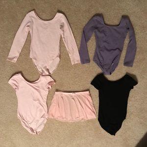 Girl's dance bundle sizes vary 4-6